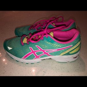 Asics Shoes - ASICS Gel DS Trainer 19 Womens Running Shoes